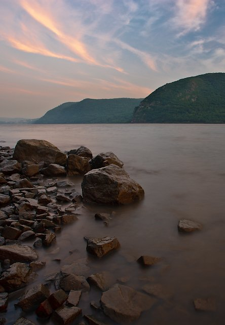 Tide and Sky, Hudson River