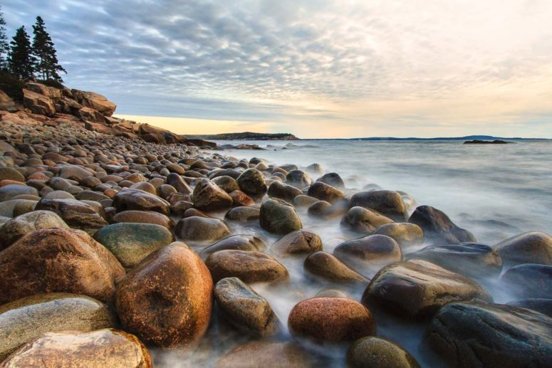 Boulders and Tide