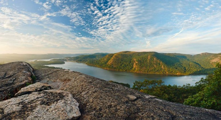 Morning Light. Hudson Valley